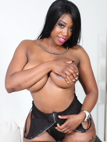 xxx.com black porn market